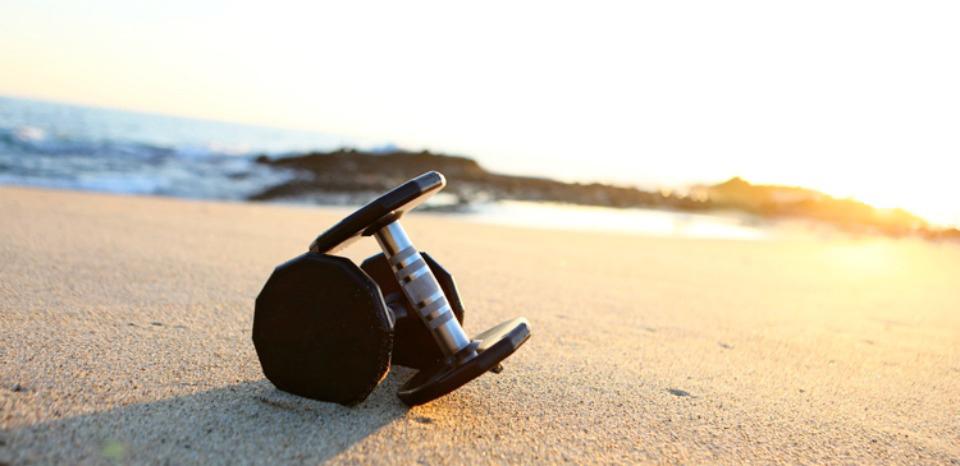 weights-on-beach2